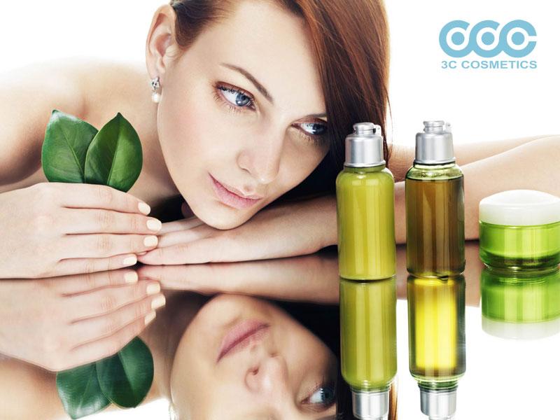 Hướng dẫn 5 cách làm nước xịt dưỡng tóc tại nhà