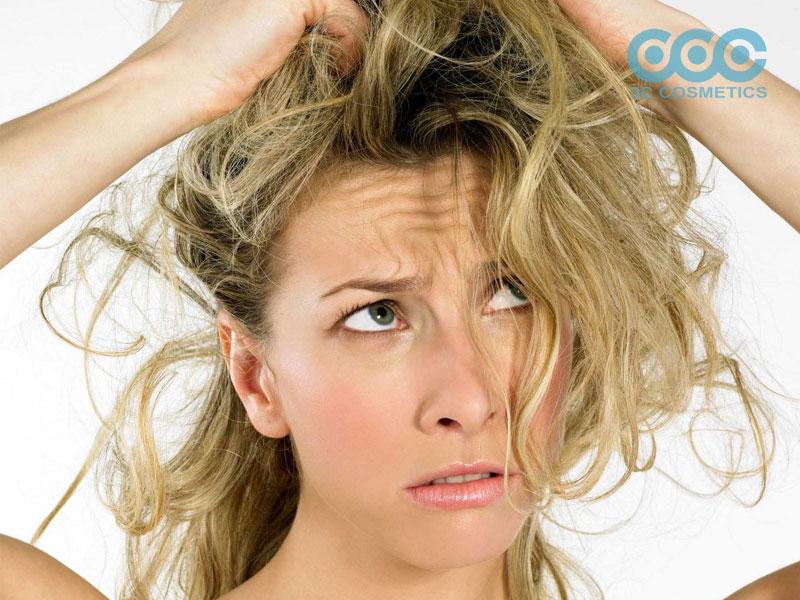 Nhuộm tóc quá nhiều