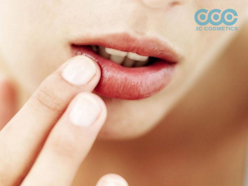 cách trị môi thâm