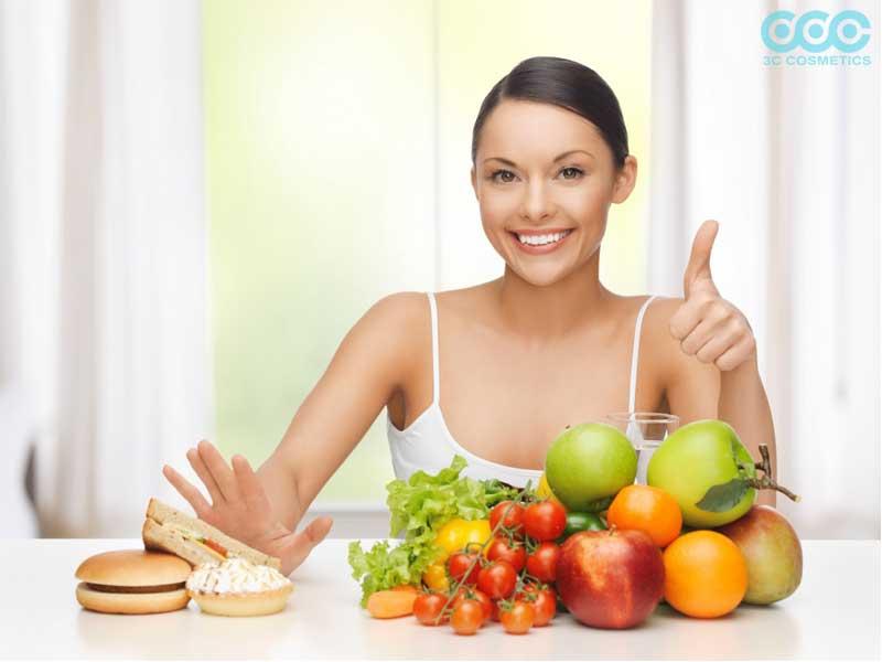 các loại thực phẩm không tốt cho da nổi mụn