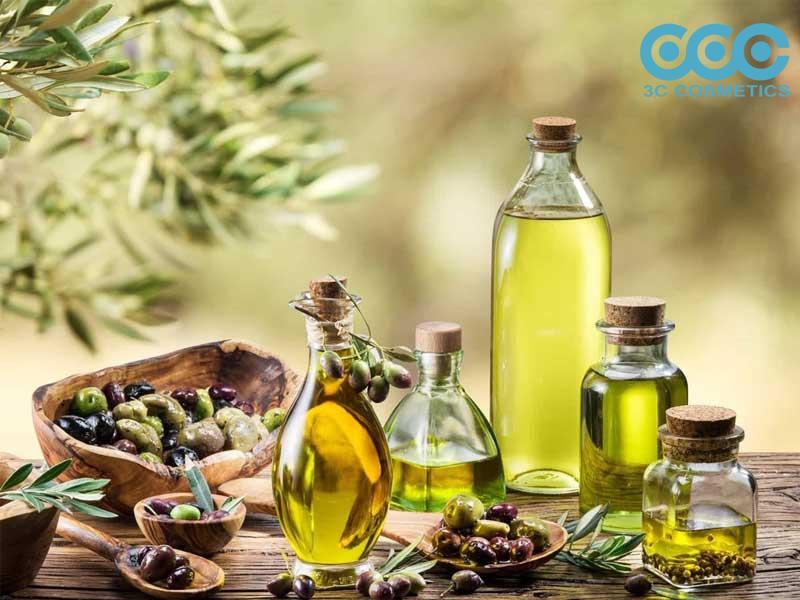 Công dụng của dầu ô liu trong chăm sóc da nhờn
