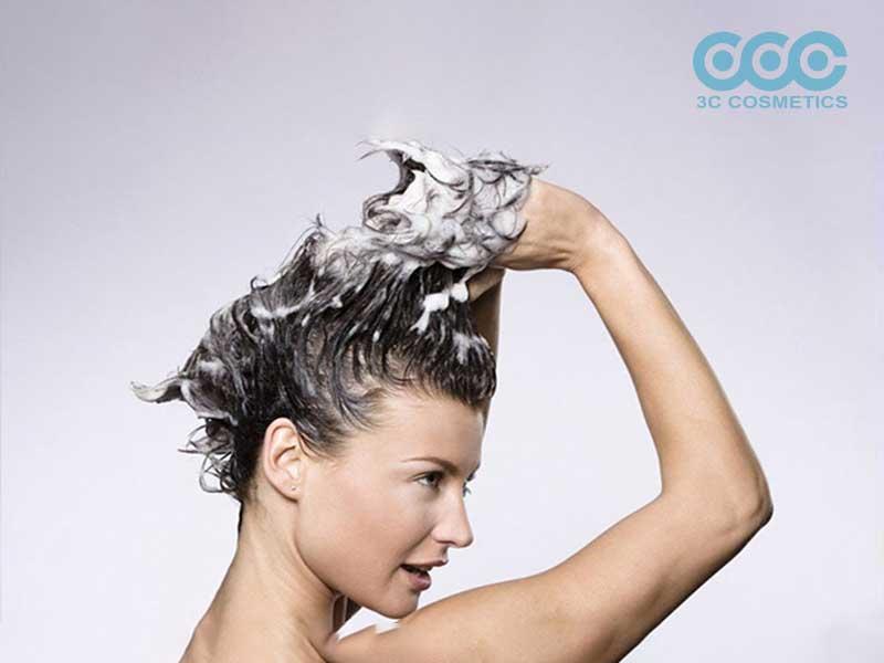 Nên gội đầu khi nào sau khi làm tóc?