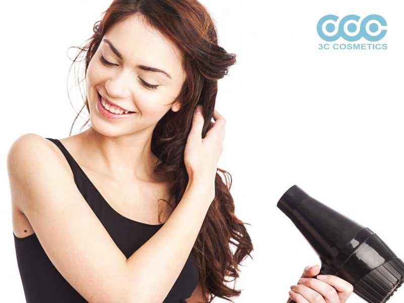 Dùng tinh dầu để chăm sóc tóc