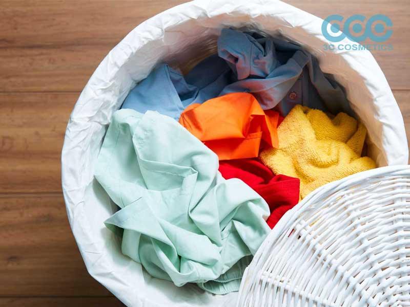 tạo ra một phiên bản thủ công của xà phòng giặt và vết bẩn tự nhiên